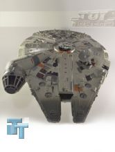 POTF² Electronic Millennium Falcon, lose