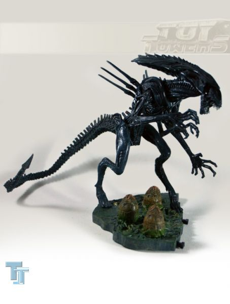 ALIEN vs. PREDATOR - Series 2: Alien Queen with Base (4 1/2), lose